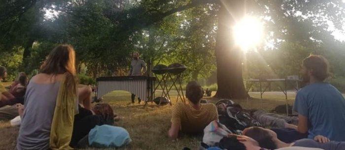 musikalische Lesung im Park